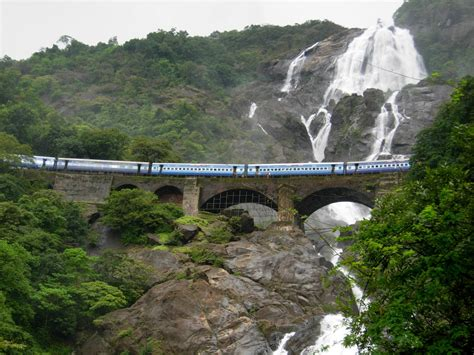 10 Insane Adventure Destinations In India For A Mad