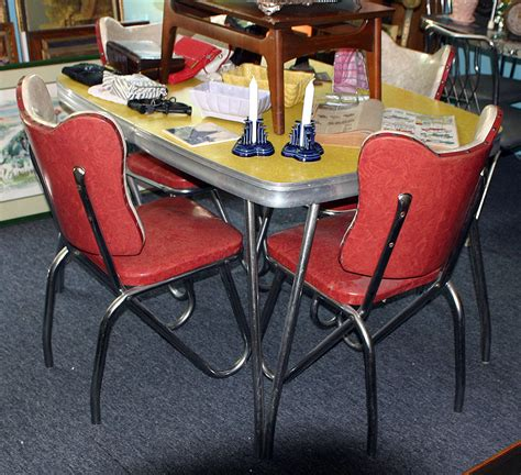 walter wabash furniture kitchen table