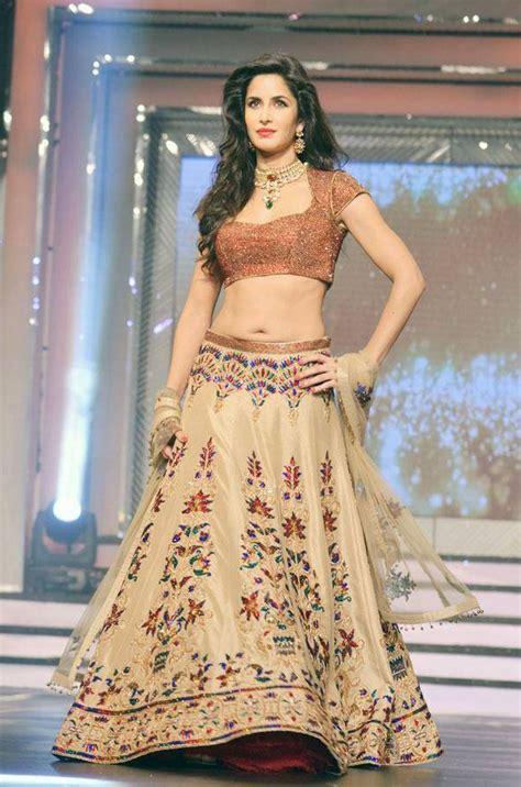 katrina kaif hot bikini hd sexy navel saree images