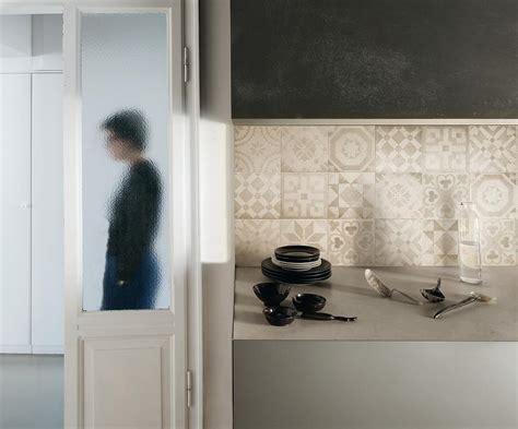 carreaux de ciment pour cuisine beton cire pour credence cuisine 8 cr233dence imitation