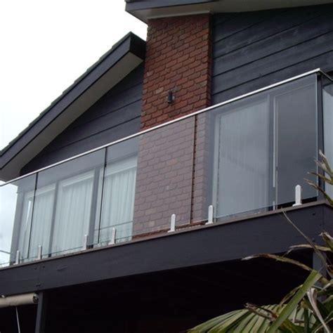 Customized Stainless Steel Spigot Glass Railing Balcony