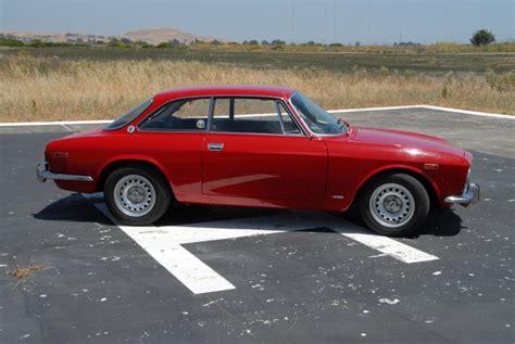 Alfa Romeo 2000 by Alfa Romeo 2000 Gt Veloce Un Esemplare 1974 Messo All