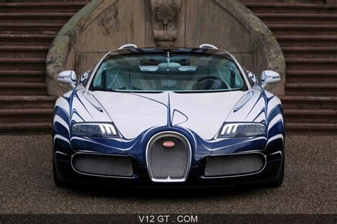 The development of the bugatti veyron was one of the greatest technological challenges ever known in the automotive industry. Bugatti Veyron Grand Sport L'Or Blanc face avant / Bugatti / Photos GT / Les plus belles photos ...