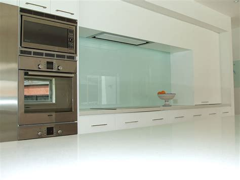 Silent & Efficient Range Hoods   Custom Made Kitchen
