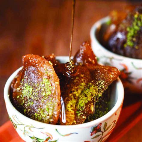 sweetening  deal traditional arabic desserts  revamped arab news