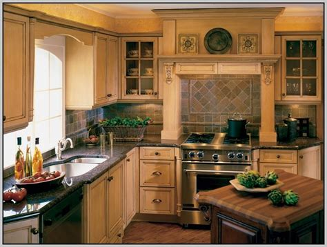 most popular cabinet color most popular kitchen cabinet colors 2011 painting