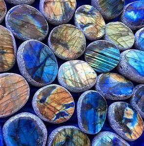 Pierre Precieuse Bleue : lithoth rapie en photos le pouvoir magique des pierres ~ Melissatoandfro.com Idées de Décoration