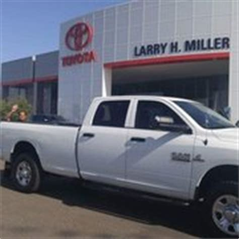 Larry Miller Toyota by Larry H Miller Toyota Peoria 22 Photos 151 Reviews
