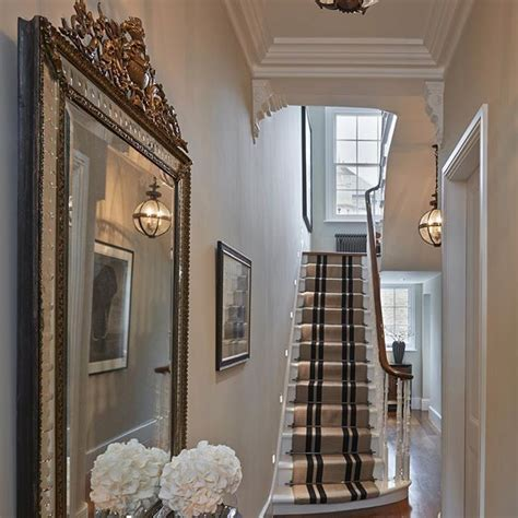 Entrance Hall To The Chelsea Townhouse With Gorgeous @jamb