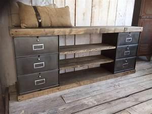 Meuble Deco Design : meubles tv industriel bois et m tal l 39 or du temps ~ Teatrodelosmanantiales.com Idées de Décoration