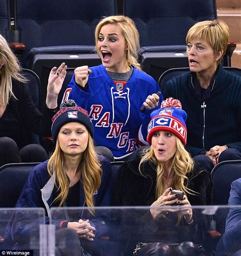 Margot Robbie gets emotional and cries after New York ...