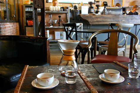 Coffee à la Française: The Bordeaux and Burgundy Blends at Cafe Lomi