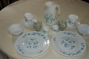 Service A Vaisselle : la vaisselle en porcelaine ~ Teatrodelosmanantiales.com Idées de Décoration