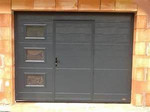 porte de garage basculante isolee 40 mm allsas votre With porte de garage coulissante jumelé avec serrure porte extérieure