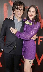 Paul Rust and Lesley Arfin Expecting First Child PEOPLE com