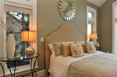 Bedroom Decorating Ideas Upholstered Bed by 11 Stylish Upholstered Headboard Ideas