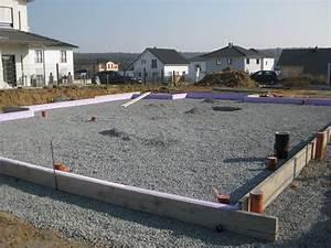 Fundament Und Bodenplatte : die bodenplatte ist fertig projekt fertighaus ~ Whattoseeinmadrid.com Haus und Dekorationen