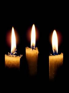 Bilder Von Kerzen : reaktionen zu advent und weihnachten mit kerzen eine ~ A.2002-acura-tl-radio.info Haus und Dekorationen