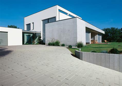 Pflastersteine Einfahrt Modern by Palladio