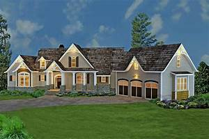 Craftsman Style Home Floor Plan - 3 Bedrooms House Plan