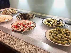 All You Can Eat Frühstück Köln : new york meat market das all you can eat buffet im hilton k ln ~ Markanthonyermac.com Haus und Dekorationen