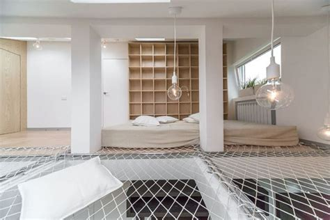 Hammock Apartment by Small Apartment With A Hammock That Covers An Entire Floor
