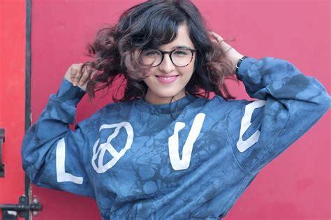 Shirley Setia Cute Hd Wallpapers