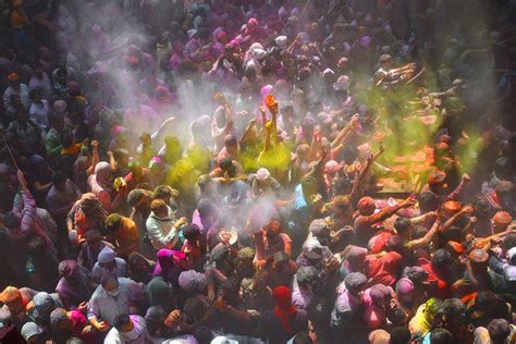 temple colors how is holi celebrated in vrindavan namaste