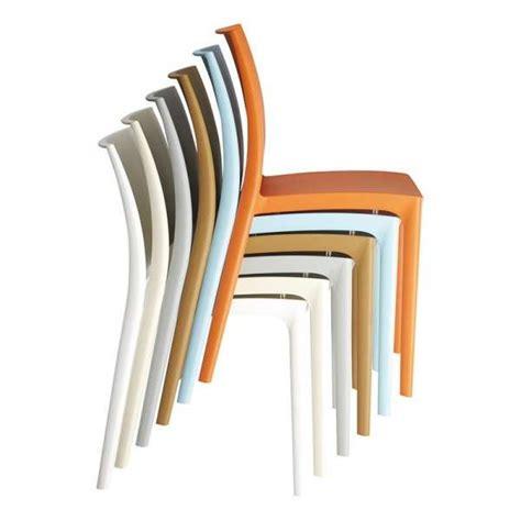 chaises plastique chaise en plastique polypropylène 4 pieds