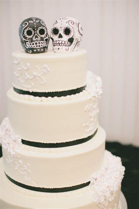 1000 Ideas About Sugar Skull Cakes On Pinterest Skull