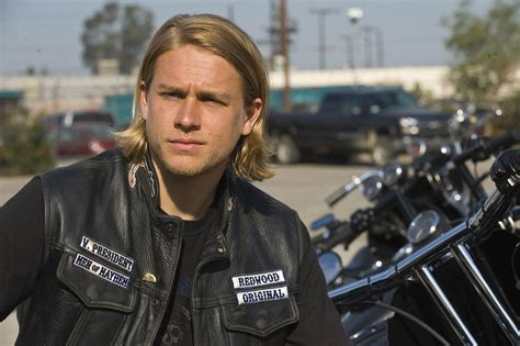 Sons Of Anarchy Season 1 Review! (spoilers)