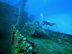 Dive Truk with Diverse Travel - The Ultimate Wreck Divers ...  Wreck