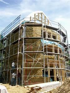 Haus Bauen Gut Und Günstig : energieeffizient und g nstig bauen und d mmen mit stroh ~ Michelbontemps.com Haus und Dekorationen