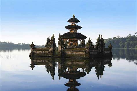 popular temples  bali bali tours  travels