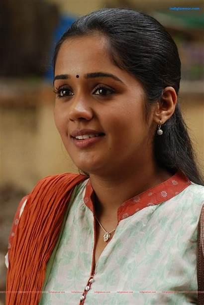 Ananya Tamil Engeyum Eppothum Cut Actress Songs