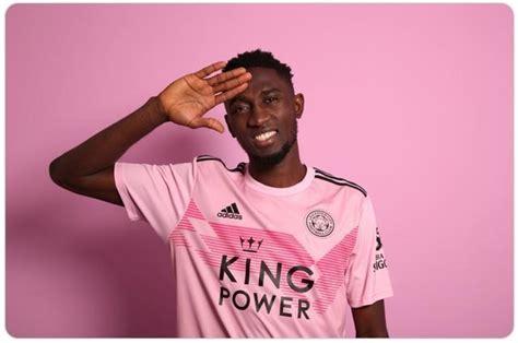 足坛最具标志性的粉色球衣,有的丑到无法直视,尤文的是最佳搭配_腾讯新闻