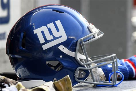 giants owner issues strong warning  team   season