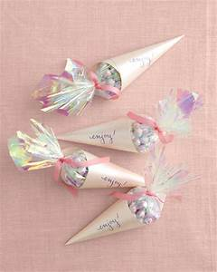 Diy wedding favor ideas blog botanical paperworks for Wedding shower favors martha stewart