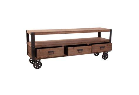 meuble tv roulettes meuble tv en bois naturel sur roulettes industriel vical home vical
