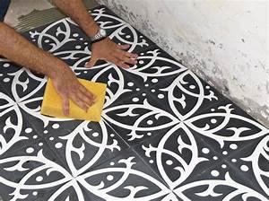 carrelage ciment comment le poser With nettoyage carreaux de ciment