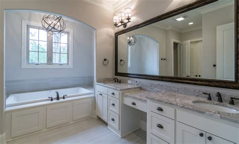 southern bathroom ideas southern living bathroom vintage apinfectologia apinfectologia