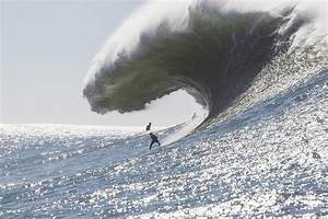 Northern Californian wins Mavericks big-wave surf contest