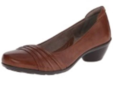 most comfortable dress shoes for 30 most comfortable shoes for nurses on their all day