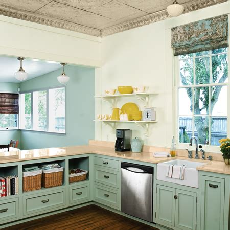 How To Have Open Shelving In Your Kitchen (without Daily