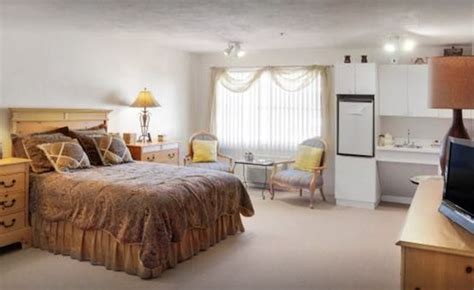assisted living facilities  cape coral fl