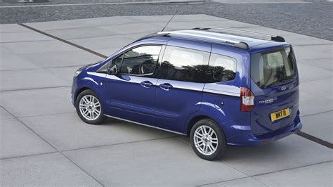 ford courier tourneo ford tourneo courier panorama motor
