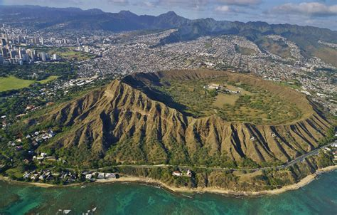 Diamond Head Climb The Most Famous Landmarks In The