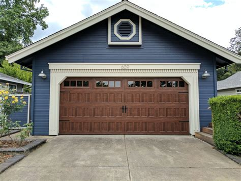 Oak Summit 1000 Garage Doors By Amarr  Sugar Land Garage