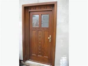 Vchodové dveře dřevěné cena