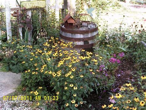 love otg farmhouse outdoors primitive garden